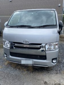 世田谷区のトヨタハイエースのイモビライザーキーの鍵の作成・外車、イモビライザーキーもおまかせ下さい